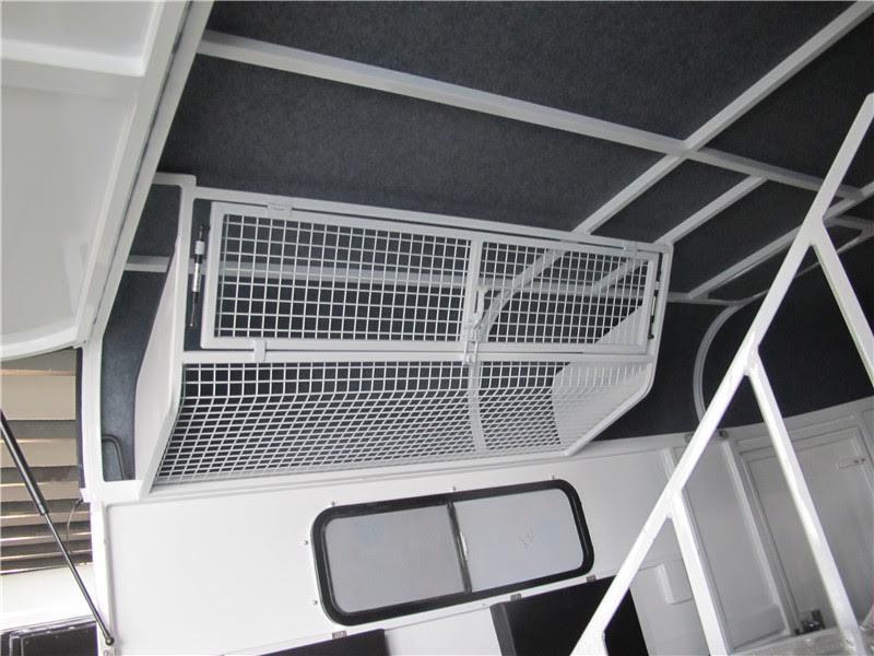 2-hal-standard-roof-rug-rack