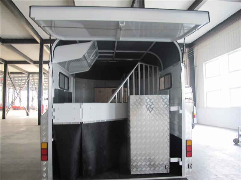 2-hal-standard-saddle-box